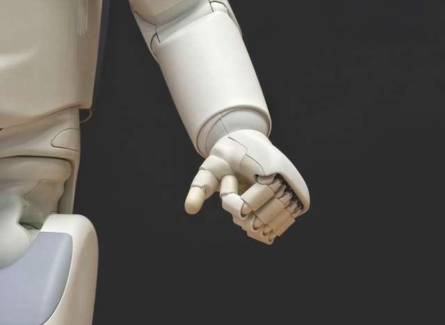 Remplacer des rédacteurs par des robots